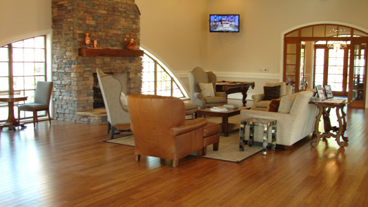 amenities-clubhouse-inside-002